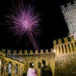 gallery-castello-vigoleno-sposi-matrimonio-fuochi-pirotecnici